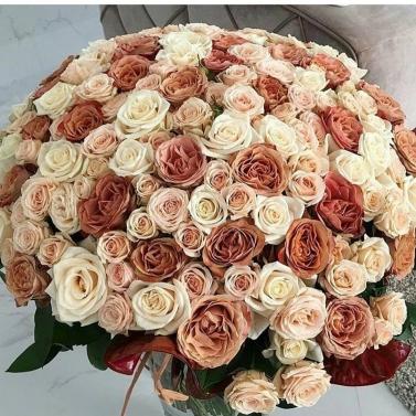 Букет из 101 кофейной розы